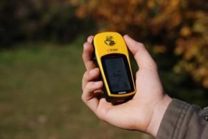 Geocaching klappt auch mit Filmdosen (Foto: Nils Fabisch  / pixelio.de)